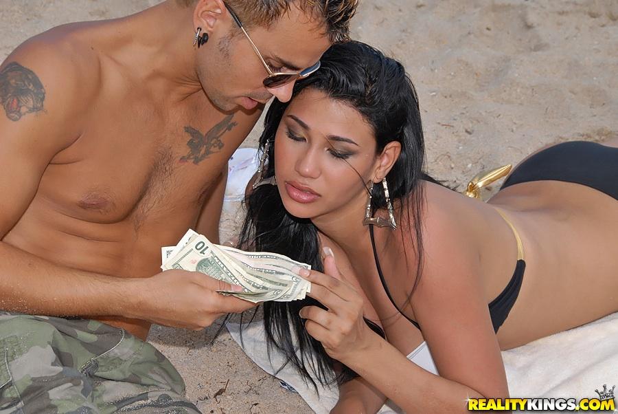latin porn beach -