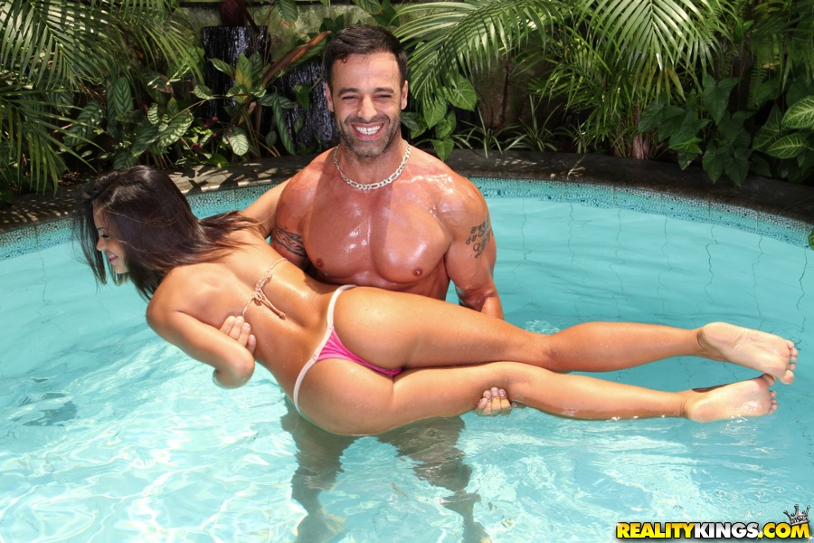 Sexy Babe  Exotics  East Babes-3945