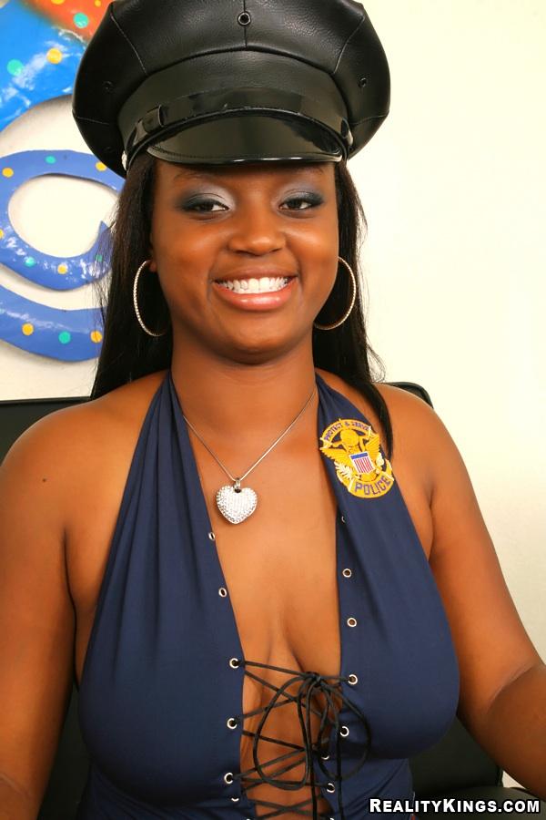 Black Babes » Blacks » East Babes