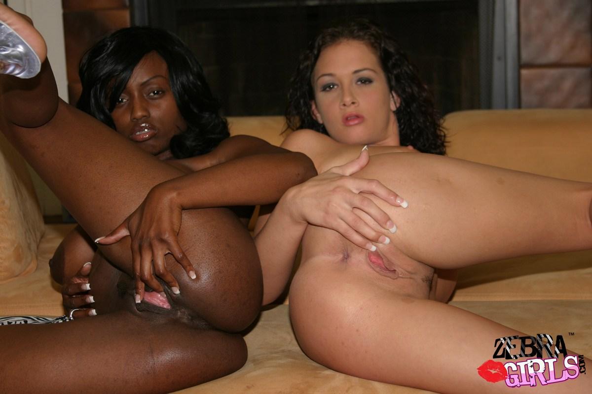 Porno Lesbien Avec Des Filles Noires