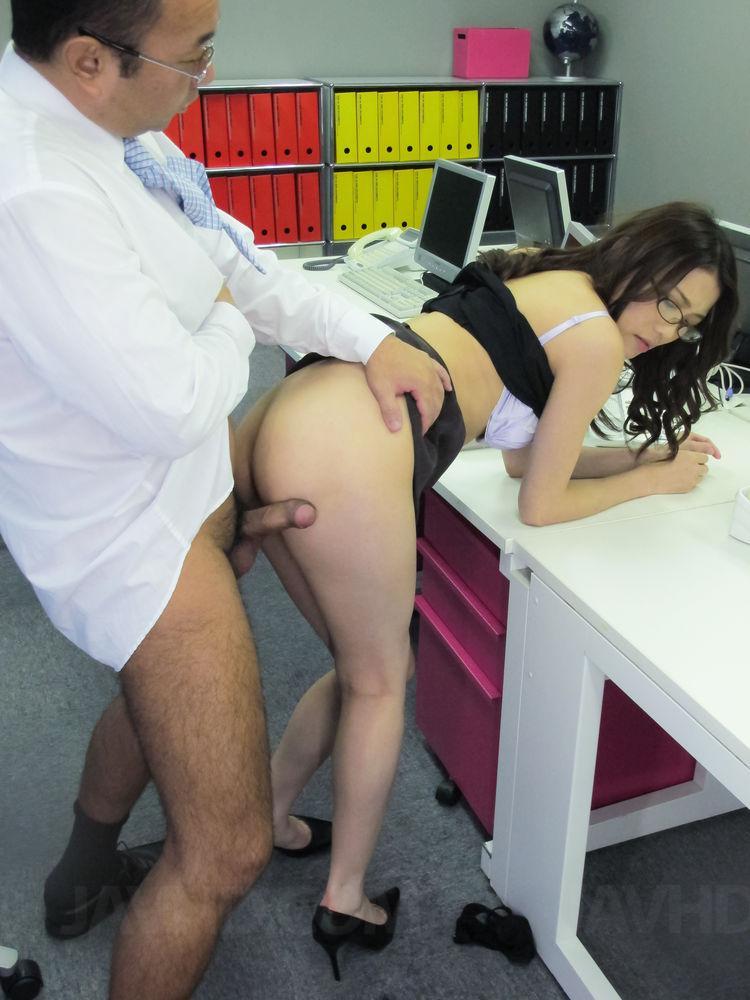hot secretary japan nude