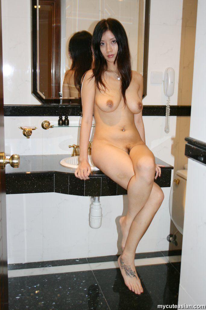petite mature naked hirl