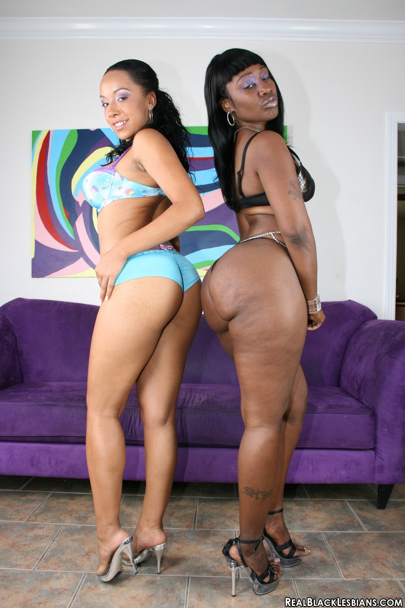 Curvy ebony jada fire gets her huge tits squirted with cum