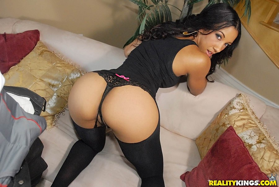 Sophie ebony sex video com, best looking naked girl