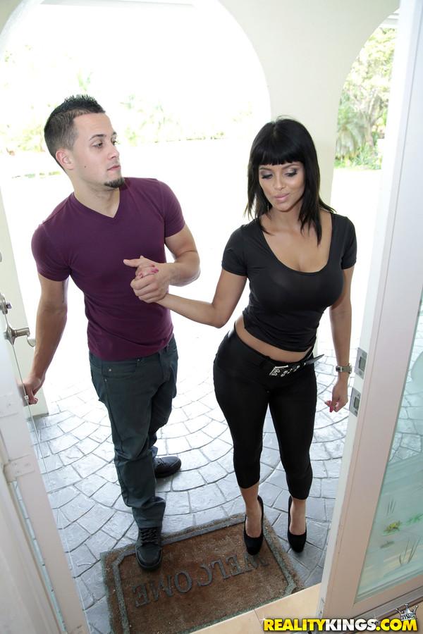Latina teen sucking cock
