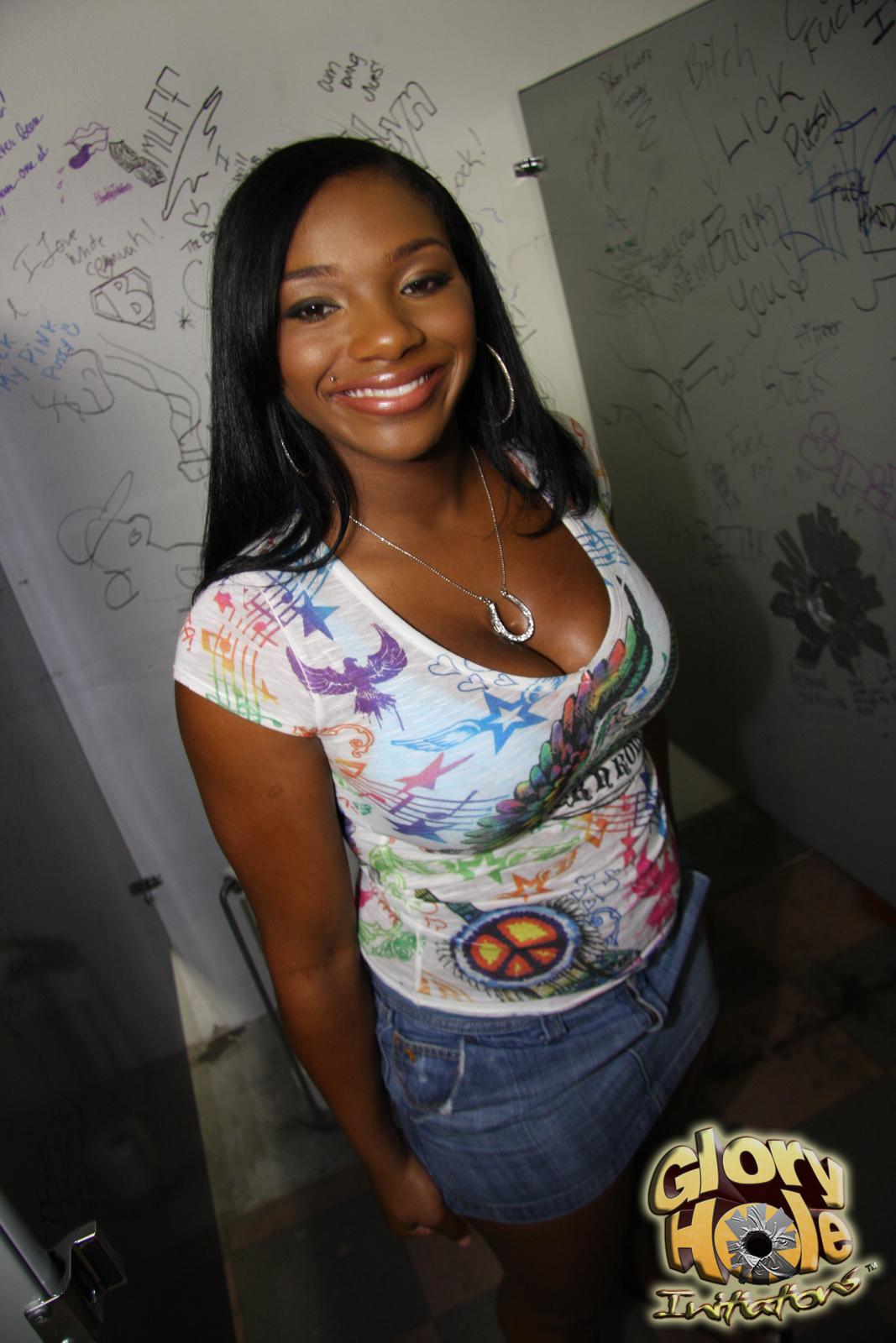 taylor porn Ebony layne