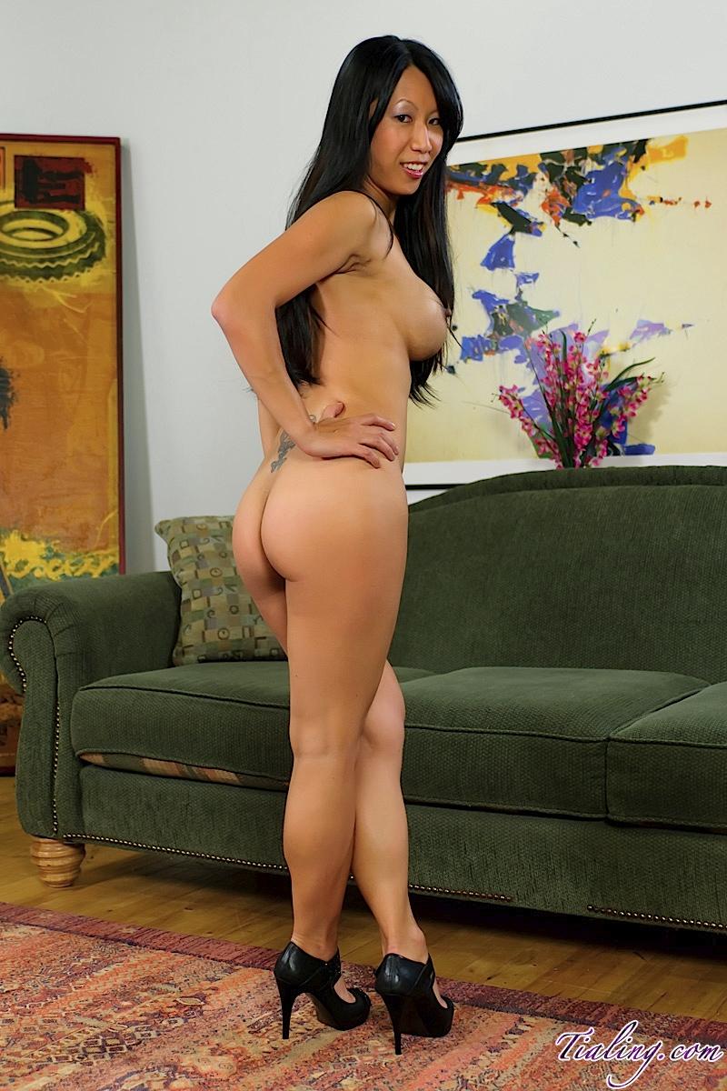 tia ling ass